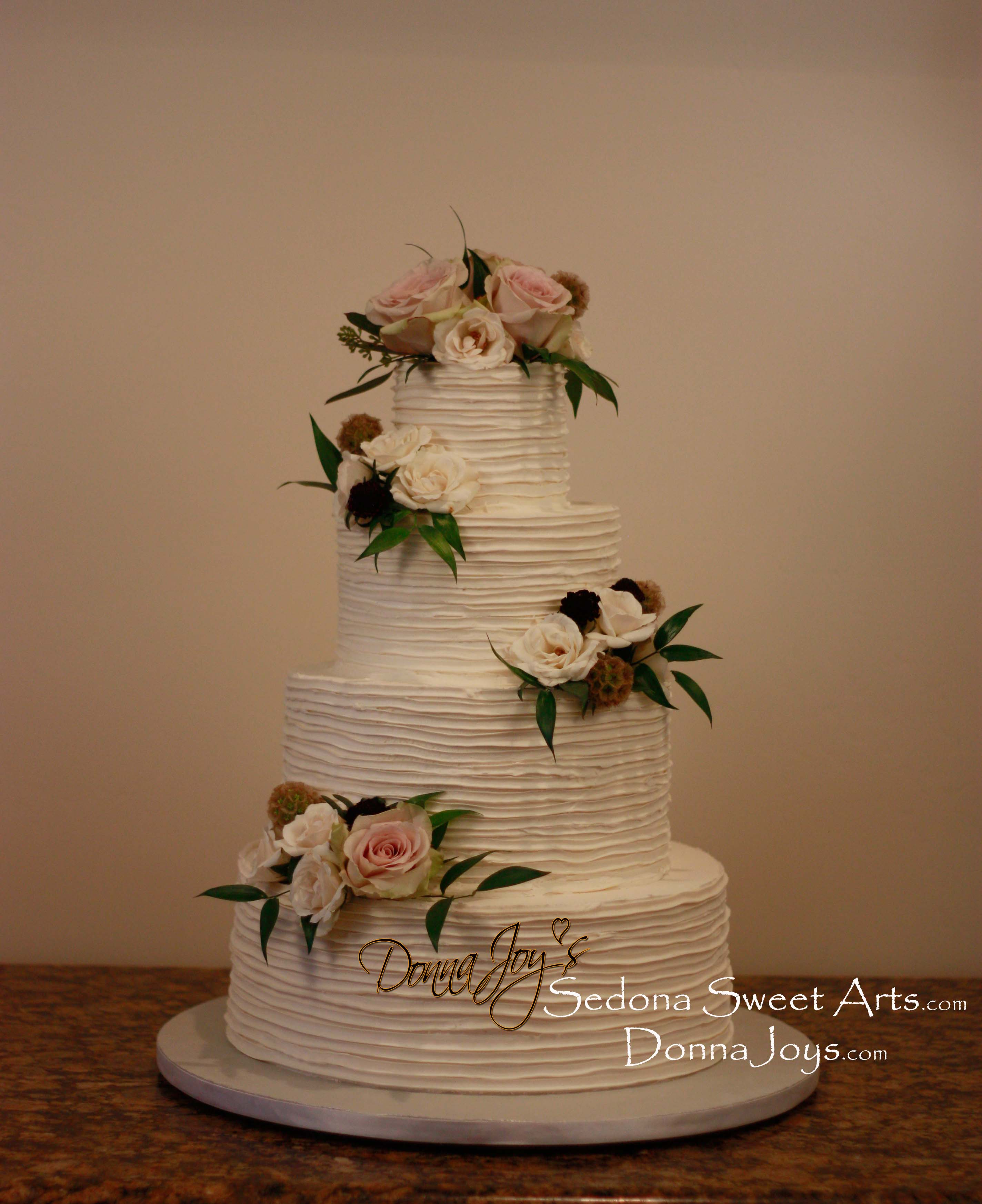 Piped buttercream by Donna Joy ~ Sedona Sweet Arts
