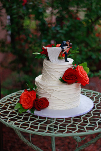 Strings Buttercream adorned with Fresh flowers by Donna Joy ~ Sedona Sweet Arts